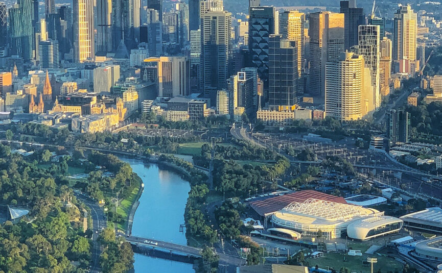 Landscape view of Melbourne city, Yarra River and surrounding parks